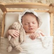 bonnet and bunny newborn photo